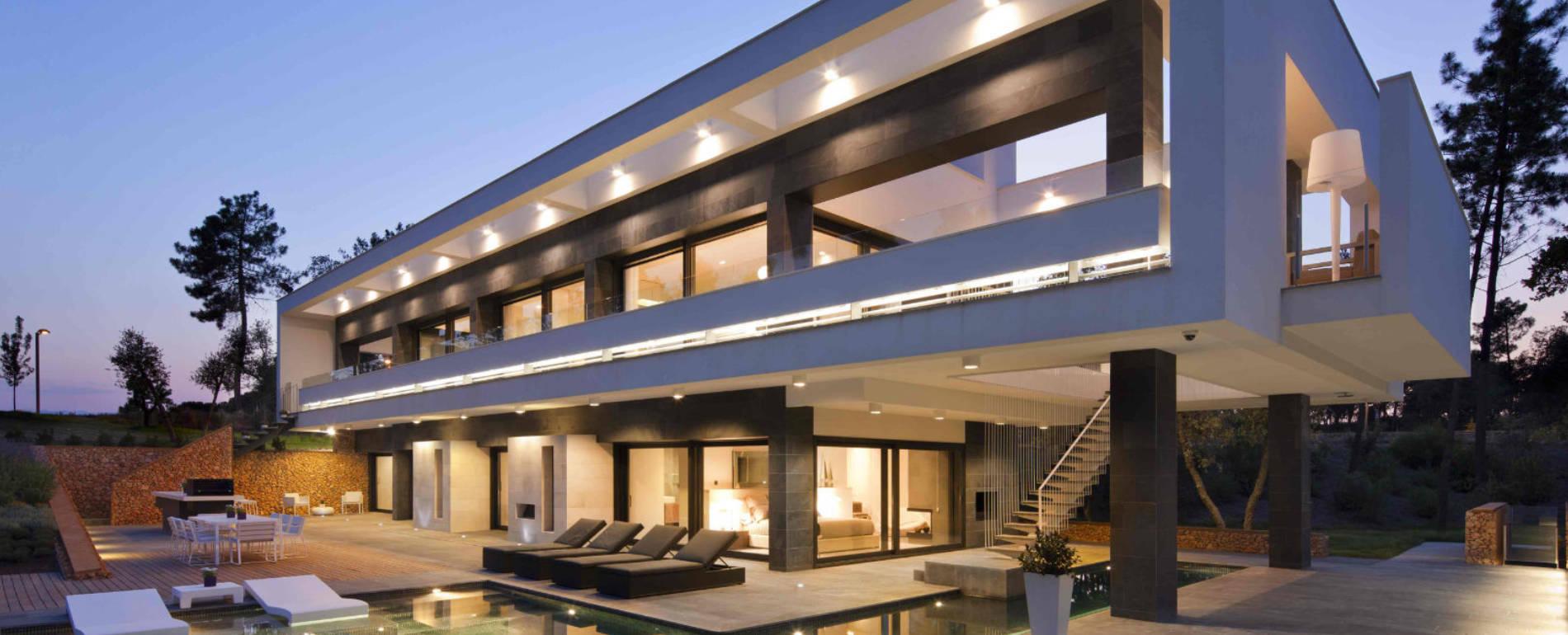 Agencia inmobiliaria de lujo en barcelona costa brava y baleares bcn premium for Inmobiliarias barcelona