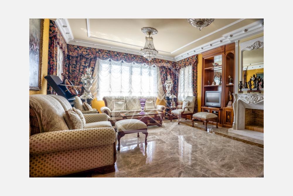 Sobresaliente casa con vistas en Pedralbes