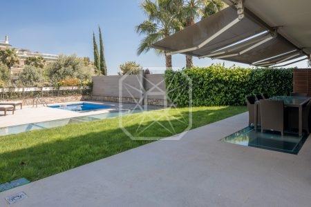 Lujoso dúplex en alquiler con jardín y piscina