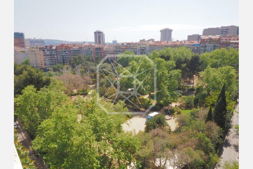 Propiedad de lujo única en Turó Parc