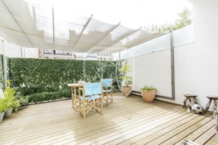 Duplex of 140sqm at Passeig de Gracia with terrace and car park