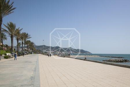 Mansion en primera linea de mar en Sitges