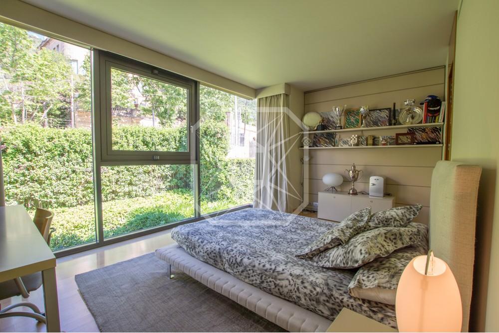 Casa con las mejores vistas en la avenida Tibidabo